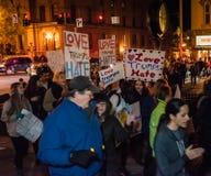 Manifestación - Saratoga Springs, NY el odio de los triunfos del amor Imagen de archivo