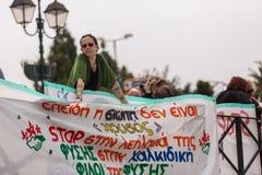 Manifestantes durante el día del mundo de acción contra TTIP CETA TISA, (sociedad transatlántica del comercio y de la inversión) Imagen de archivo