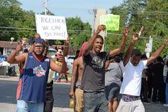 Manifestantes en Ferguson, MES Foto de archivo libre de regalías