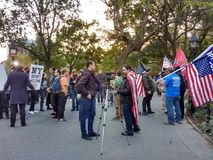 Manifestantes en Washington Square Park, NYC, NY, los E.E.U.U. Imagen de archivo