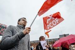 Manifestantes recolectados en Kleber Square que protesta el pla del gobierno Fotografía de archivo