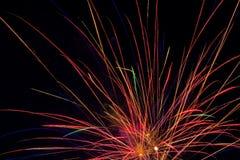 Manifestazione aerea dei fuochi d'artificio Fotografia Stock
