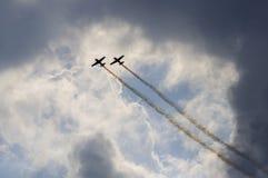 Manifestazione degli aerei di acrobazie aeree Fotografie Stock