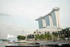 Manifestazione del laser di Singapore Marina Bay Sand e giardino dalla baia Immagini Stock