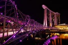Manifestazione del laser di Singapore Marina Bay Sand e giardino dalla baia Immagini Stock Libere da Diritti