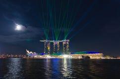 Manifestazione del laser a Marina Bay Sands Fotografie Stock