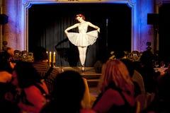 Manifestazione di prestazione del burlesque di Praga Immagine Stock