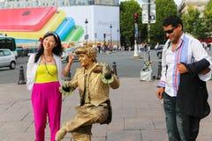 Manifestazione vivente della statua dell'oro - Parigi Fotografie Stock