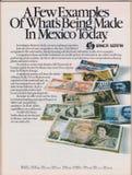 Manifesto che annuncia Banca Serfin in rivista dal 1992, alcuni esempi di che cosa sta facendo oggi nello slogan del Messico immagini stock