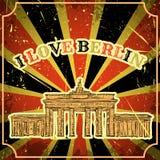 Manifesto d'annata con Berlin Brandenburg Gate sui precedenti di lerciume Retro illustrazione nello stile di schizzo 'io lov Fotografie Stock Libere da Diritti