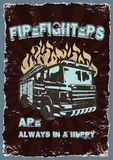 Manifesto d'annata dei disegni grafici con i vigili del fuoco royalty illustrazione gratis