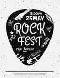 Manifesto d'annata di festival rock con le icone di rock-and-roll sul fondo di lerciume Formato di vettore Fotografie Stock