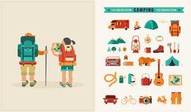 Manifesto d'annata di vettore con le coppie dei viaggiatori con zaino e sacco a pelo Fotografia Stock