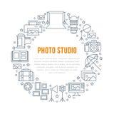 Manifesto dell'attrezzatura di fotografia con la linea piana icone Macchina fotografica digitale, foto, accendenti le videocamere Fotografie Stock Libere da Diritti