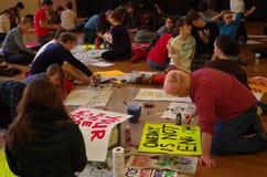 Manifesto di antirazzismo in risposta a razzismo all'istituto universitario di Oberlin Fotografia Stock