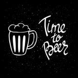 Manifesto di Beerfest con tempo scritto a mano del ` di citazione al ` della birra Fotografie Stock