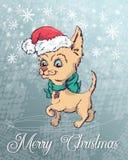 Manifesto di Natale con il ritratto del cane in cappello rosso di Santa s e fazzoletto da collo a quadretti verde con l'arco Immagini Stock