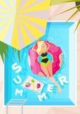 Manifesto di vacanza estiva e del campeggio estivo, contesto del fondo, stampa Fotografia Stock
