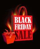 Manifesto di vendita di Black Friday nella retro progettazione con il sacchetto della spesa ed il fuoco Fotografia Stock Libera da Diritti