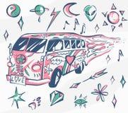 Manifesto di vettore del bus di amore Automobile di hippy, mini furgone con differenti simboli Retro colori Concetto psichedelico Immagini Stock