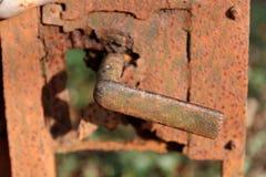 Maniglia di portello arrugginita Fotografia Stock Libera da Diritti