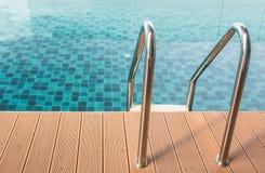 Manija arriba y abajo de la piscina Imagen de archivo libre de regalías