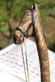 Manija de madera de la cabeza de caballo Fotos de archivo libres de regalías