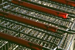 Manijas del carro de la compra fotografía de archivo libre de regalías