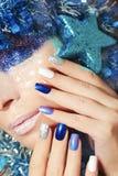 Manikyr för blått för nytt år festlig Arkivfoton