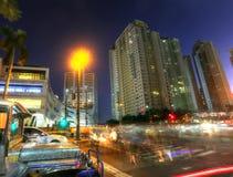 MANILA - 17 DE MAYO: Puesta del sol de Bonifacio Global City en la ciudad de Taguig Imagen de archivo