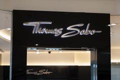 Manila, Filipinas, o 22 de março de 2018 - marca de Thomas Sabo na entrada da loja na alameda da manutenção programada do shoppin Imagens de Stock Royalty Free