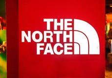 Manila, Filipiny - 14 Marzec, 2018: Logo sławny gatunek Północna twarz w centrum handlowym Azja Plenerowy odzież gatunek Obrazy Stock