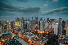 Manila miasta linii horyzontu nightview, Manila, Filipiny zdjęcia royalty free