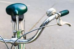 Manillar del primer de la bicicleta Fotografía de archivo libre de regalías