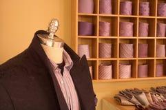 Maniquí en departamento de la ropa Fotos de archivo