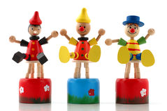 Maniquíes de madera multicolores imagen de archivo