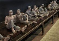 Maniquíes de presos vietnamitas en la prisión de Hoa Lo foto de archivo