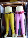 Maniquíes que llevan los pantalones largos Imagen de archivo libre de regalías