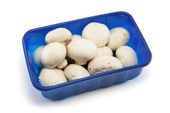 Maniveau de supermarché de champignons de couche Images stock