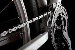 Manivela, encadenamiento y derailleur de la bicicleta Fotografía de archivo libre de regalías