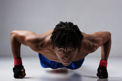Manlig boxningkämpe Royaltyfri Foto