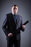 Manlig gangster med baseballslagträet royaltyfri fotografi