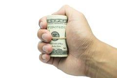 Manlig hand som rymmer 100 hundra natknotes Besparing, pengar, finansdonation, ge sig och affärsidé Isolerat på den vita backgrou Royaltyfri Foto