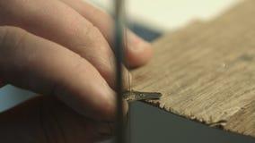 Manlig hand tillverkade smycken lager videofilmer