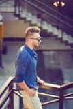 Manlig modell för mode arkivfoton