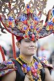 Manlig modell på den Jember festivalen Carnaval arkivfoton