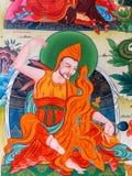 Manlig prästbild inre Vihara på Namdroling den buddistiska kloster Royaltyfria Foton