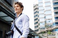 Manlig turist i stad Royaltyfri Bild