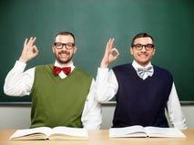 Manliga nerds säger ok Fotografering för Bildbyråer