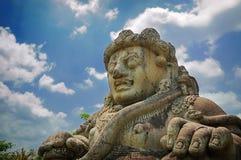Manligt diagram av den Dwarapala statyn Arkivfoto